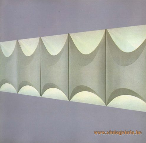 Raak 'Licht-Tichels' (light-tiles) P-1400.00, F3064.00