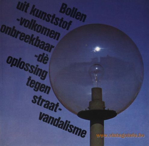Raak Outdoor Lighting 'Lichtmasten' (light masts) - Bollen Uit Kunsstof - Volkomen Onbreekbaar - Dé Oplossing Tegen Straatvandalisme (Bulbs From Plastic - Absolutely Unbreakable - The Solution Against Street Vandalism)