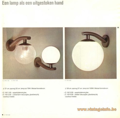Raak Wall Light - C-1611, C-1612, C-1613, C-1614 - Een lamp als een uitgestoken hand (A lamp as an outstretched hand)