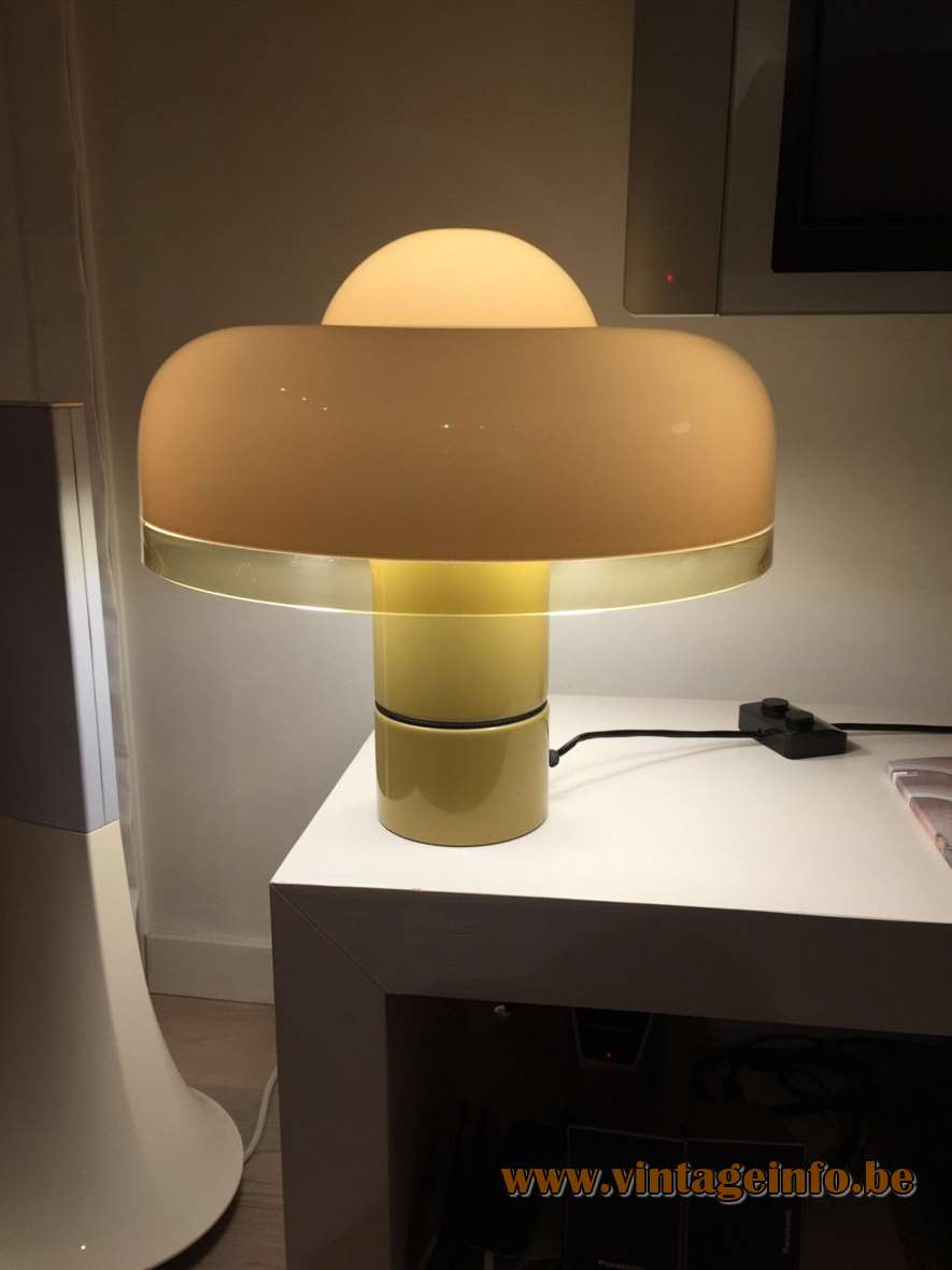 Harvey Guzzini Brumbry Table Lamp - special edition late 1970s