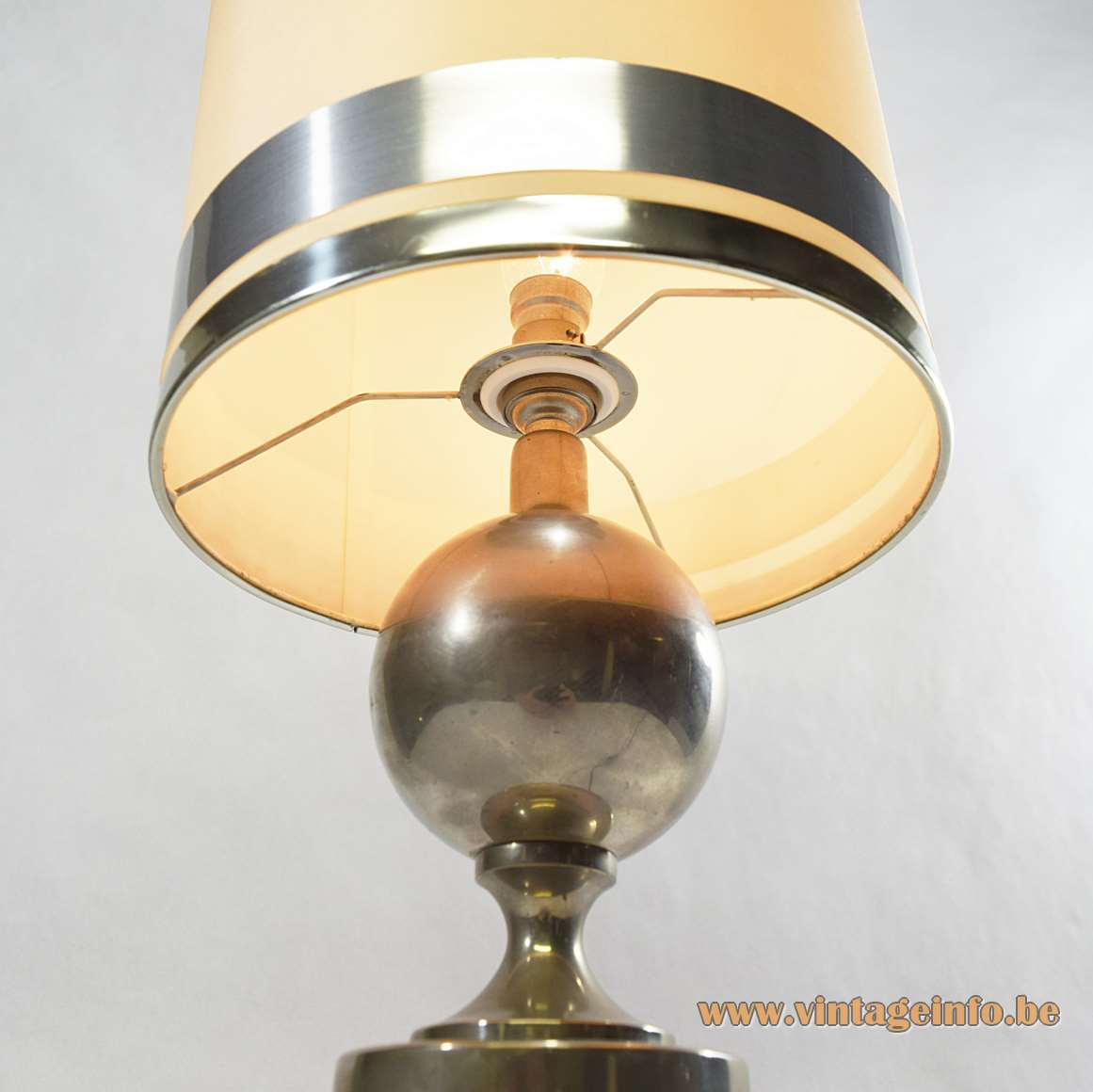 Philippe Barbier Nickel-Plated Table Lamp plastic lampshade 3 chrome rings France 1970s ball round