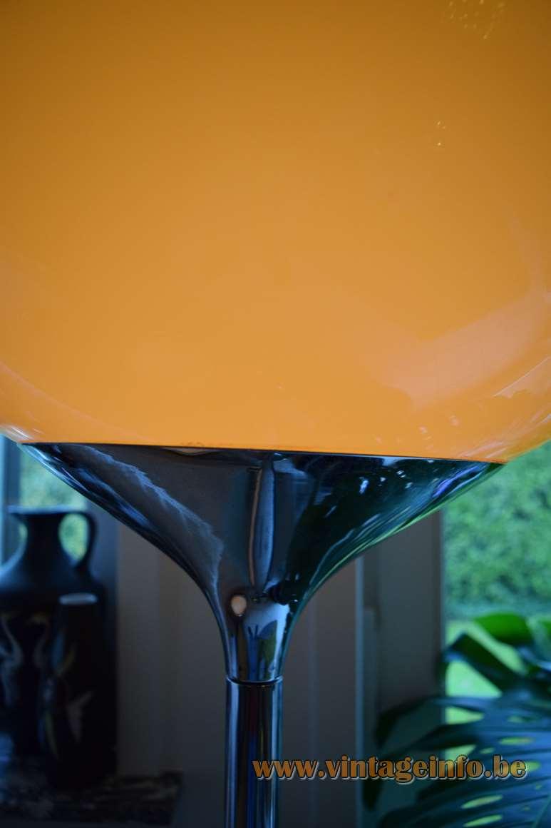 Harvey Guzzini Flash Floor Lamp Design: Studio 6G 1960s 1970s brown acrylic chrome Harveiluce Meblo