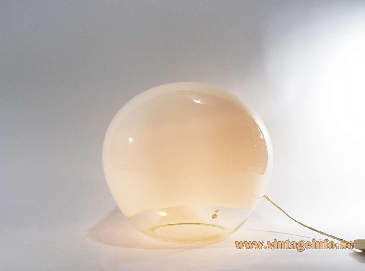 Luciano Vistosi Nessa Table Lamp 1972 design 1972 opal clear hand blown Murano glass Michael Red