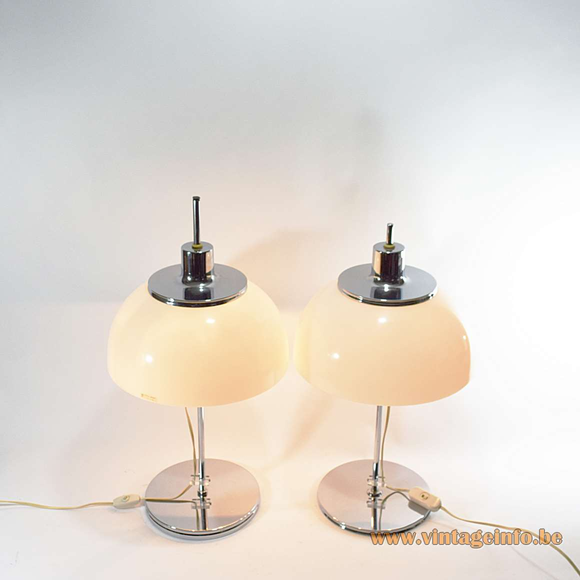 Harvey Guzzini Faro Table Lamps Vintage Info