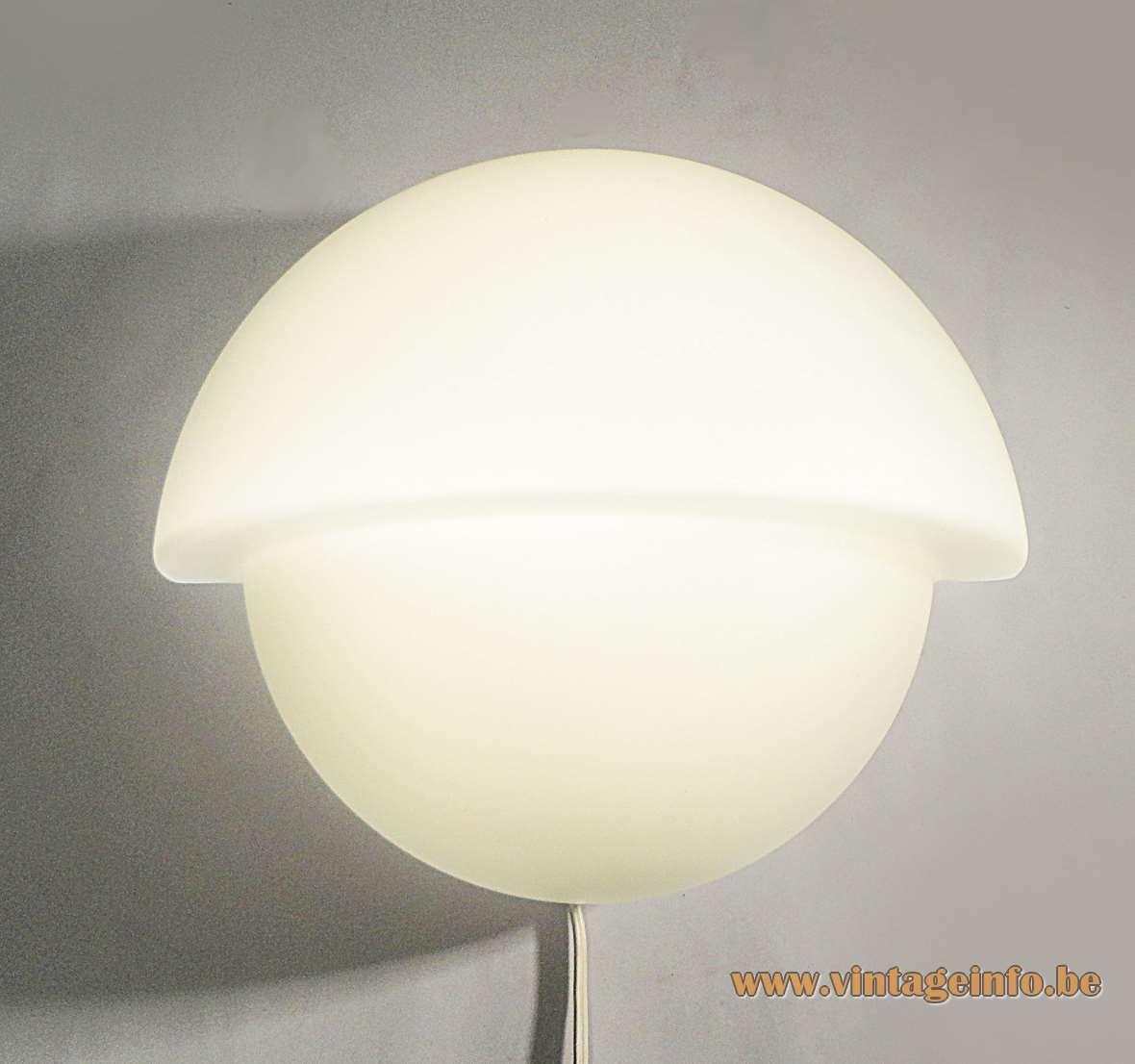 Raak Wall Lamp P-1412 - W-1890 opal opaque glass Bakelite 1970s round aluminium reflector