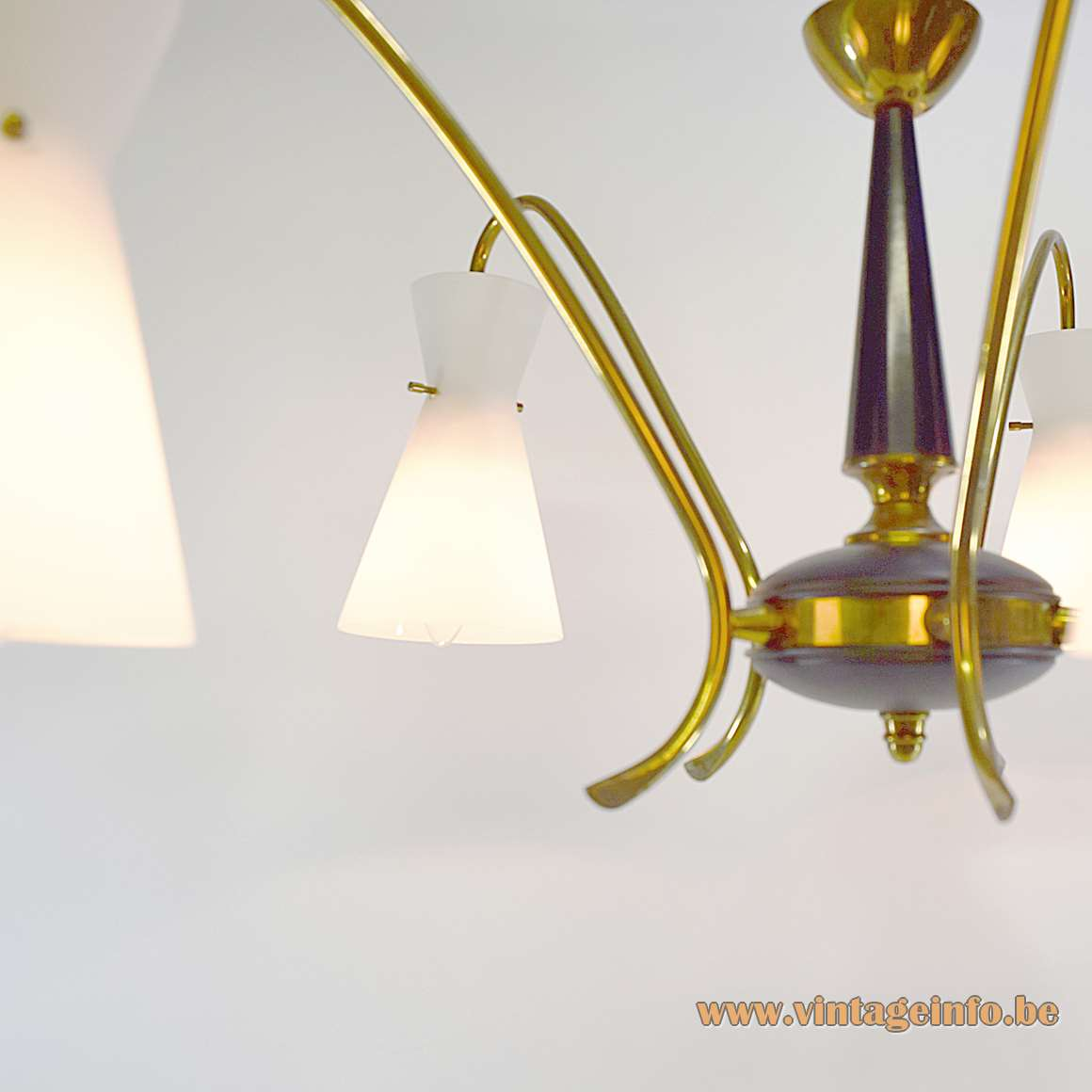 Diabolo Opal Glass Chandelier