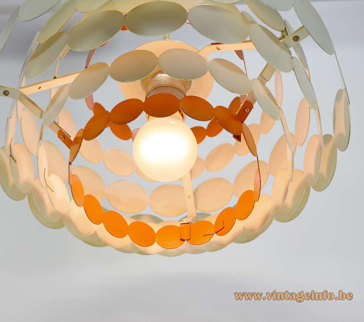 Doria Metal Pendant Lamp