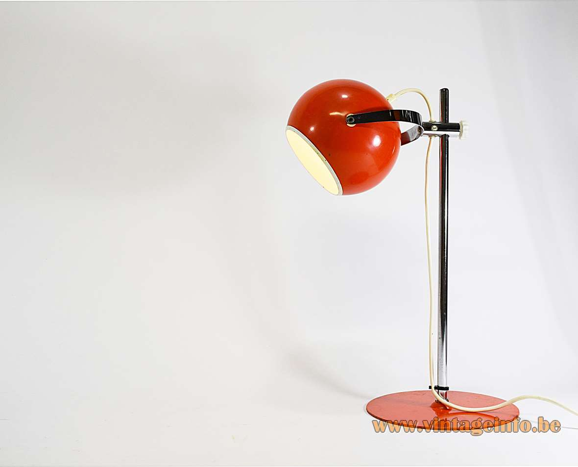 Eyeball Desk Lamp
