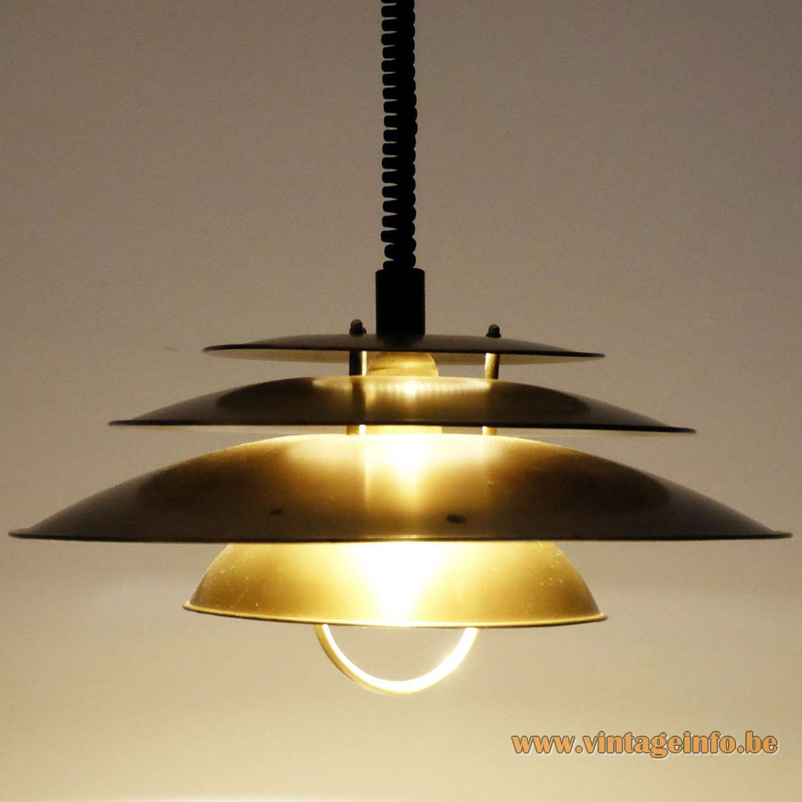 Lyfa Pendant Light