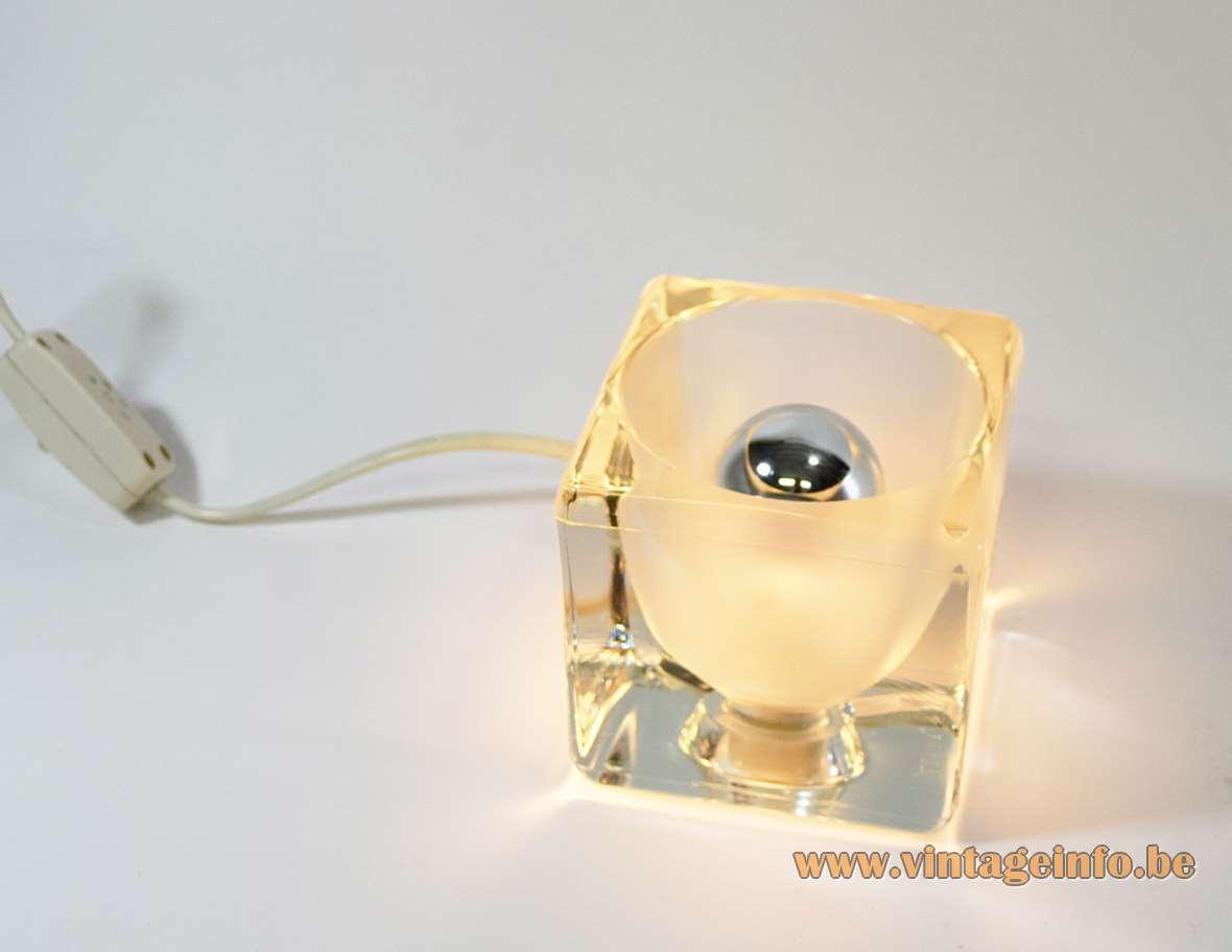 Peill + Putzler Ice Cube Table Lamp