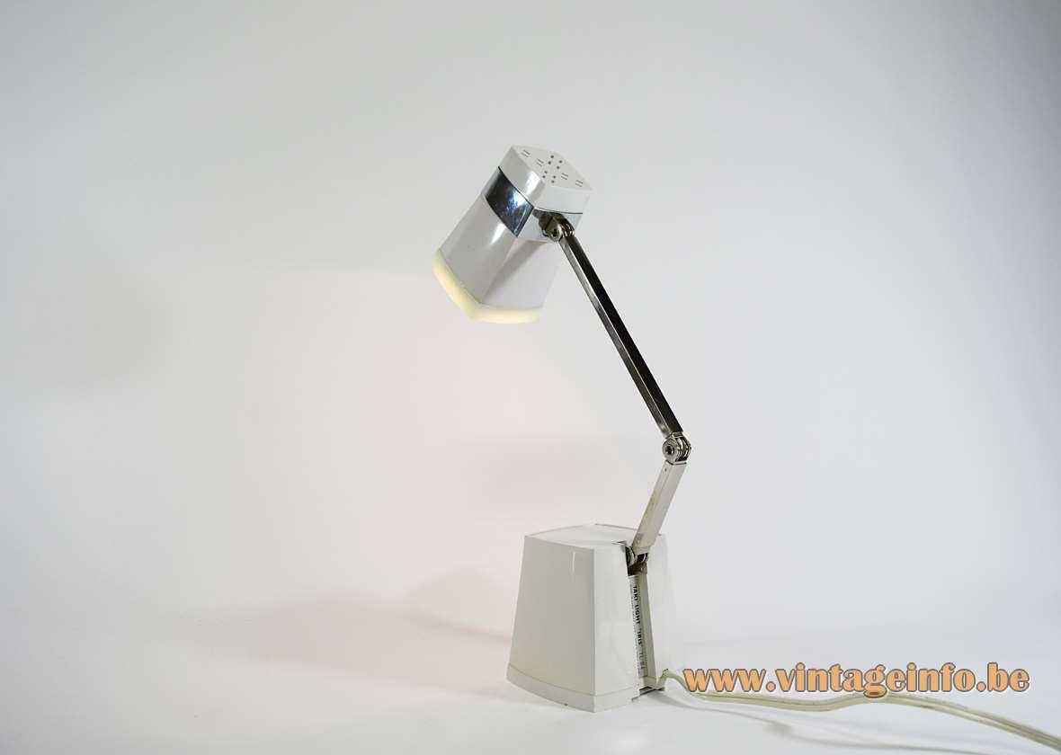 Taki Light Iris Table Lamp