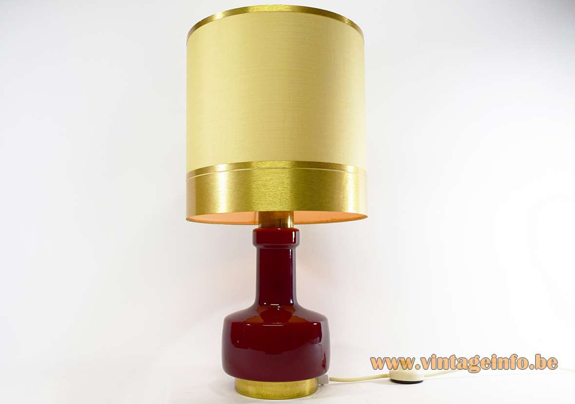 1970s Maroon Glass Table Lamp