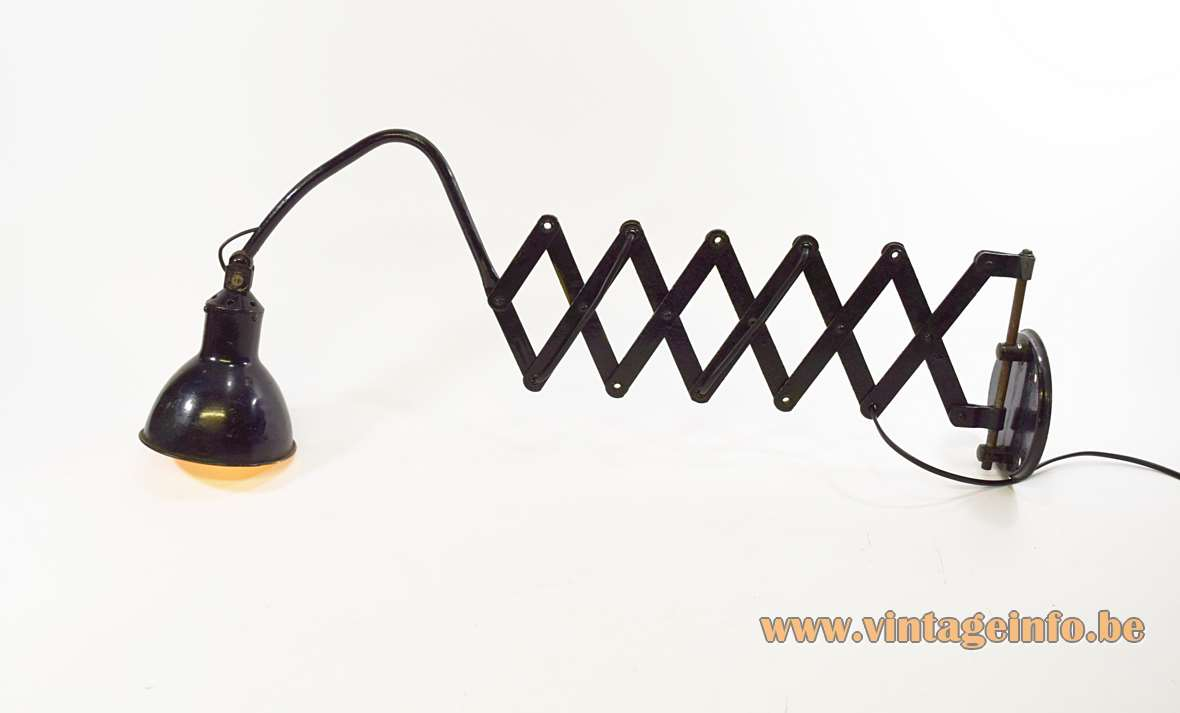AGI Scissor Wall Lamp
