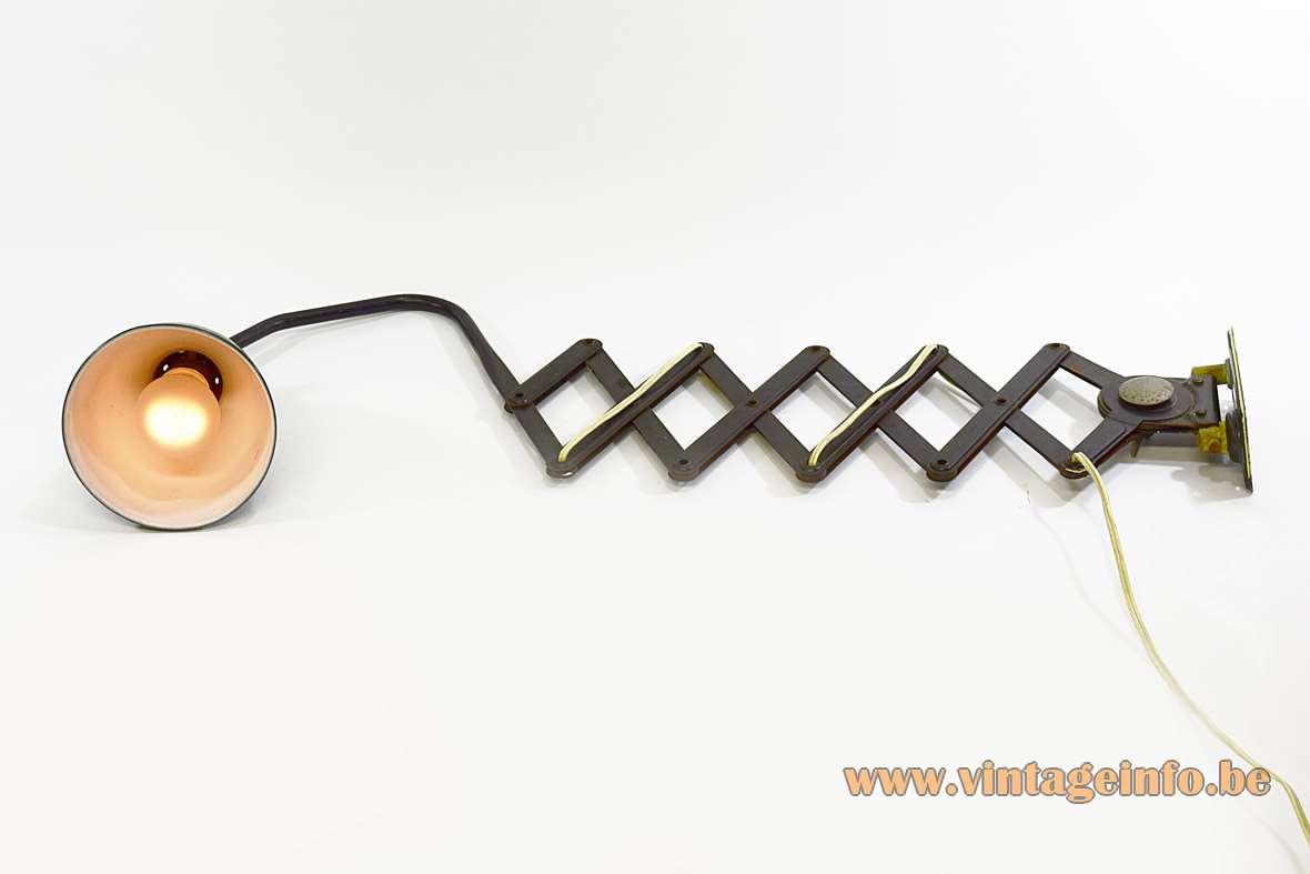 AGI Scissor Industrial Wall Lamp