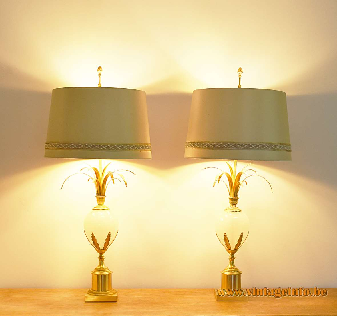 Boulanger Ostrich Egg Table Lamps, 1960s, 1970s, brass, opal glass, Belgium, palm, reed lamps