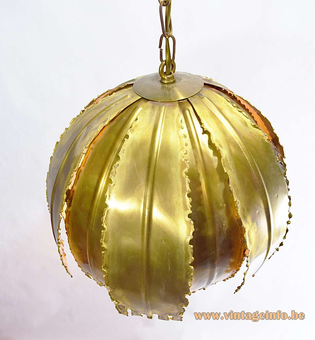 Svend Aage Holm Sørensen burned brass brutalist pendant lamp, Model 6404, 60s/70s flower leaves