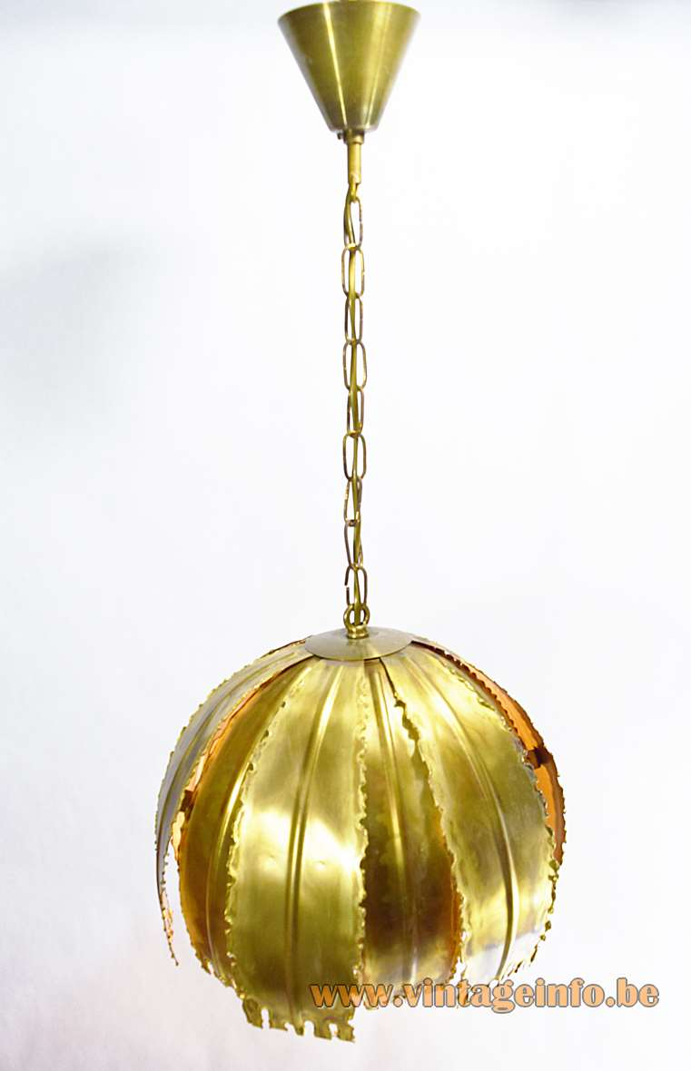 Svend Aage Holm Sørensen burned brass brutalist pendant lamp, Model 6404, 60s/70s flower leaves canope
