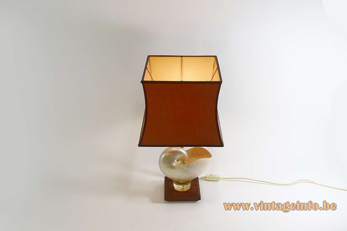 Nautilus Table Lamp
