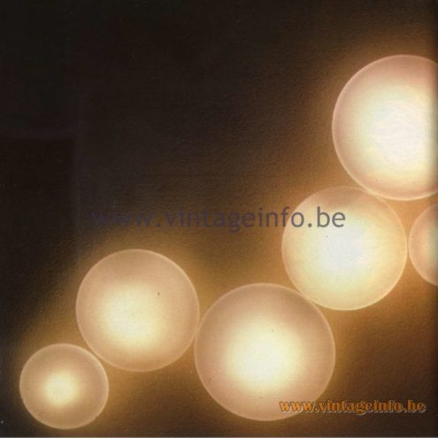 Raak Catalogue 11, 1978 - Wandlichten - Wall lamps