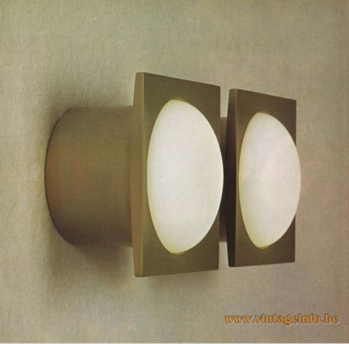 Raak Catalogue 9 - 1972, Raak Wall Light - W-1801