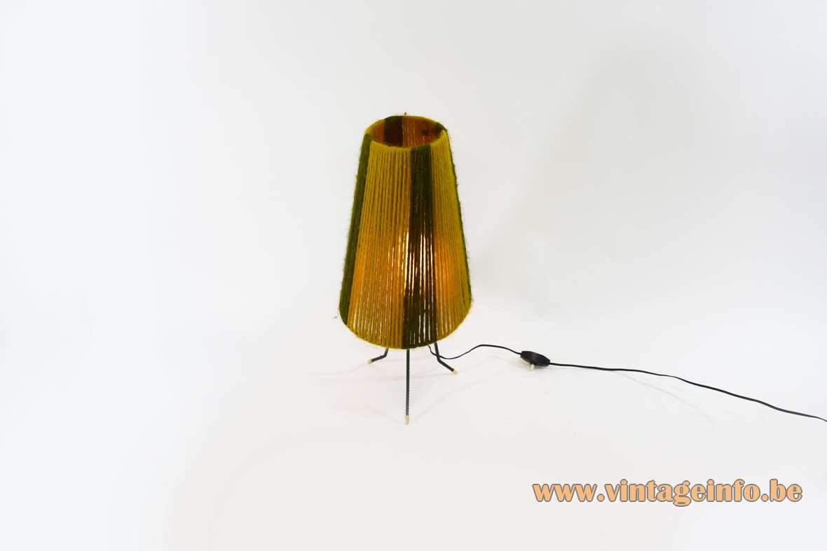 Tripod Wool Table Lamp