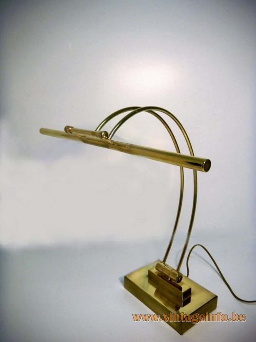 Presidential Desk Lamp