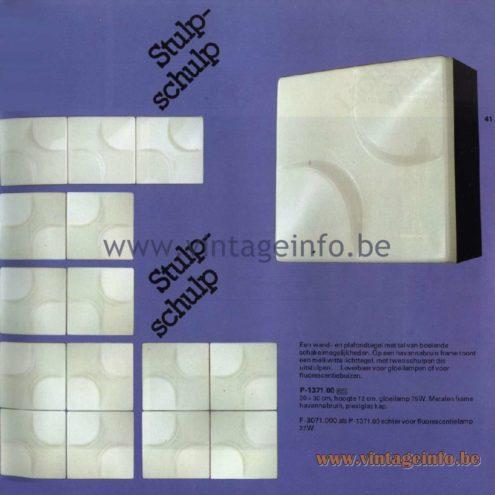 Raak Catalogue 11, 1978 - Raak Stulp Schulp Wall Lamp