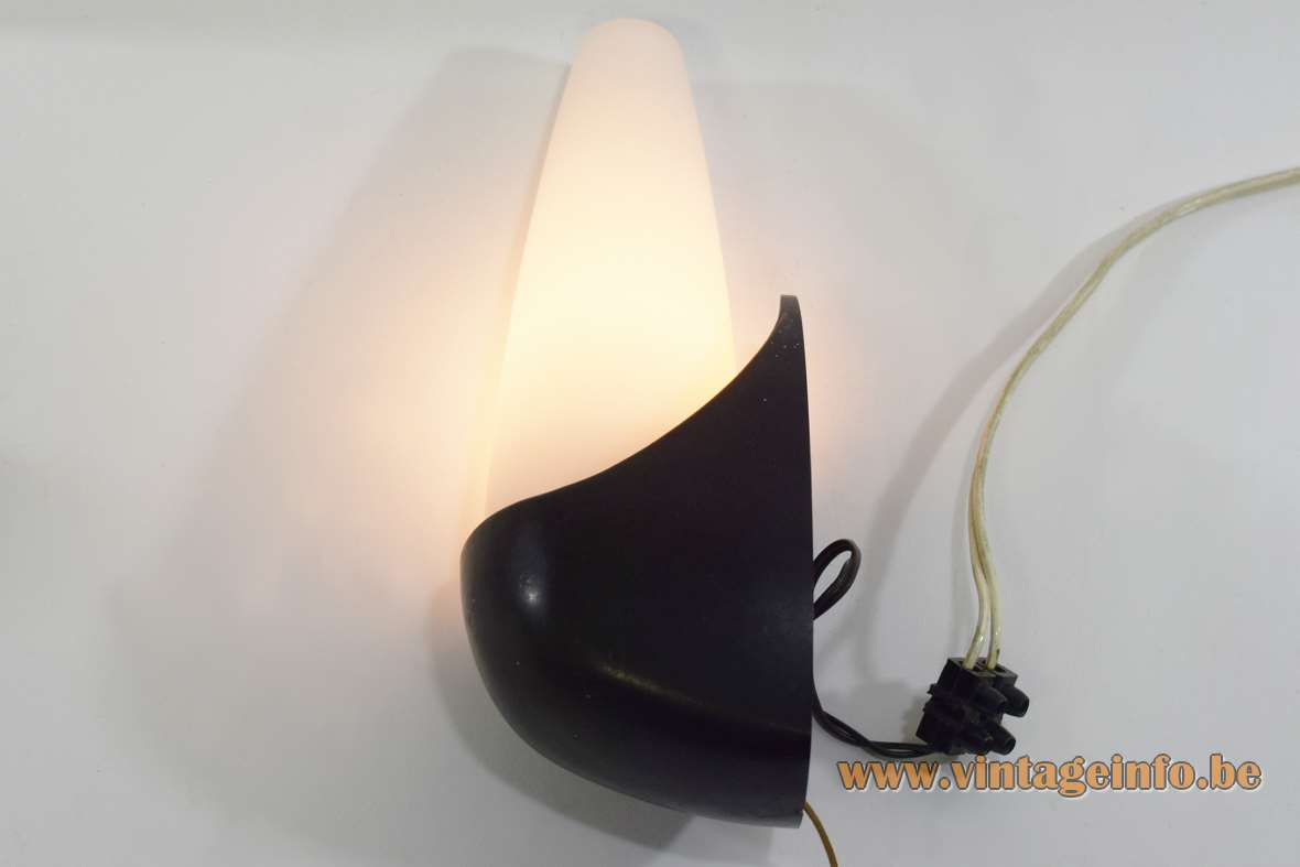 Bo-Niko Wall Lamp