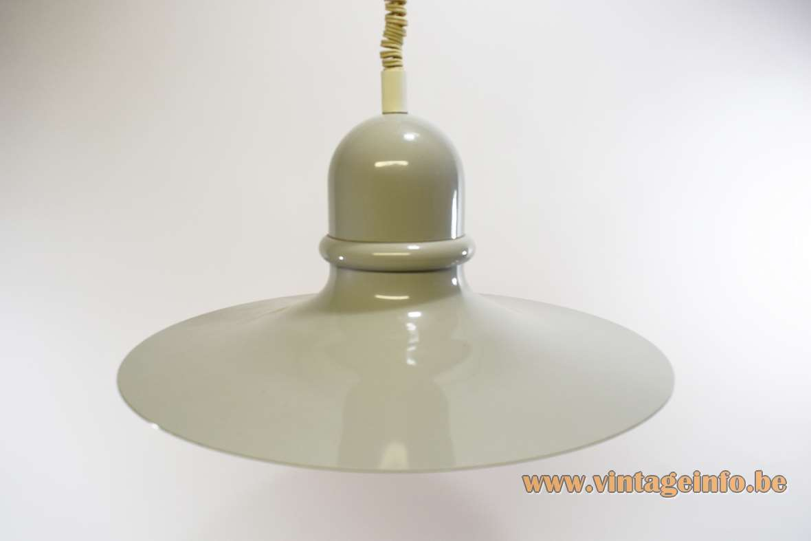 Herda Rise & Fall Metal Pendant Lamp