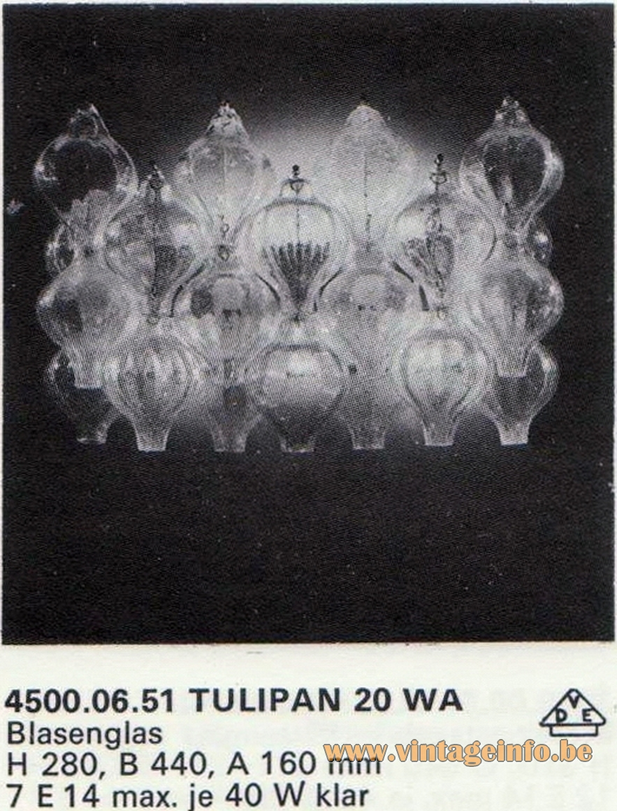 Kalmar Tulipan Wall Lamp, Design: Julius Kalmar, 20 tulip/onion glass bulbs, 20 WA catalogue 1972