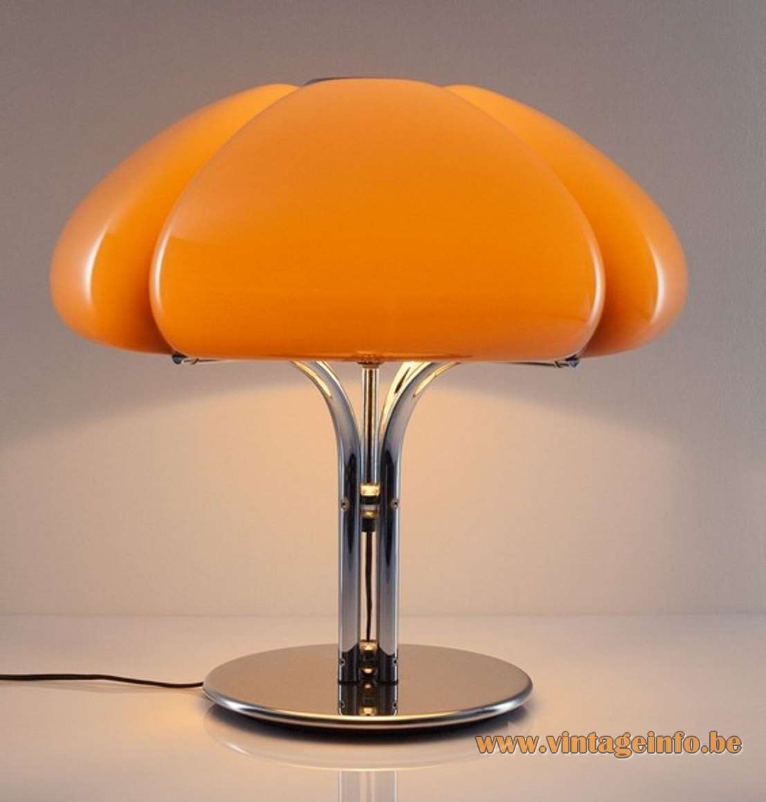 Harvey Guzzini Quadrifoglio Table Lamp