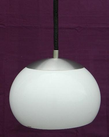 Stilux Rise & Fall Acrylic Pendant Lamp - White acrylic pendant lamp