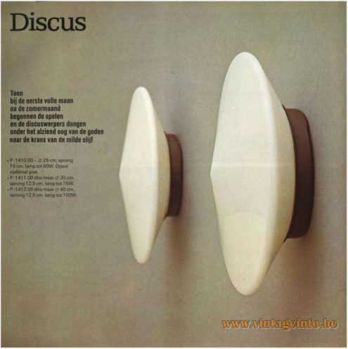Raak Discus Flush Mount or Wall Lamp - Catalogue 9 - 1972 - Opal frosted glass