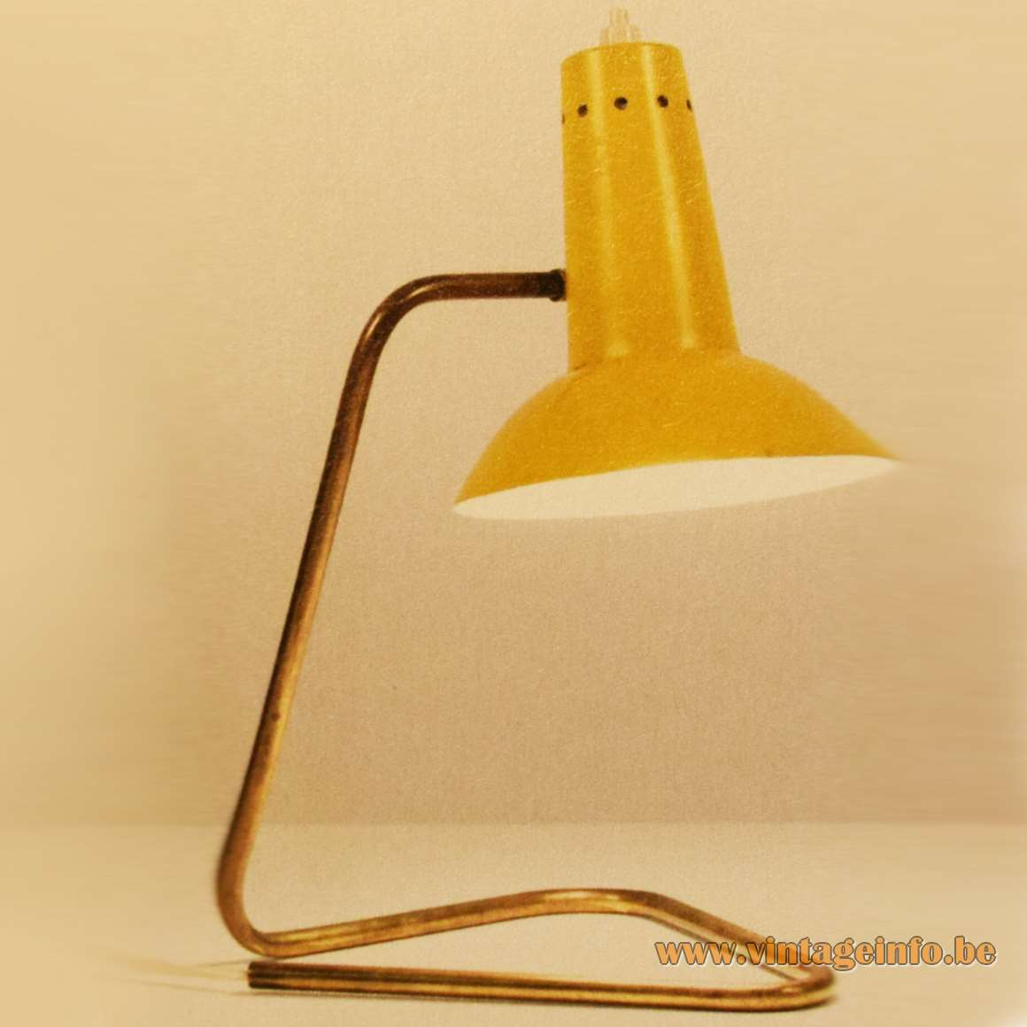 Gino Sarfatti, 551 desk or wall lamp for Arteluce, 1952