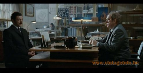 Philips Major desk lamp used as a prop in L'Instinct De Mort (2008) Public Enemy Number One (Part 1)