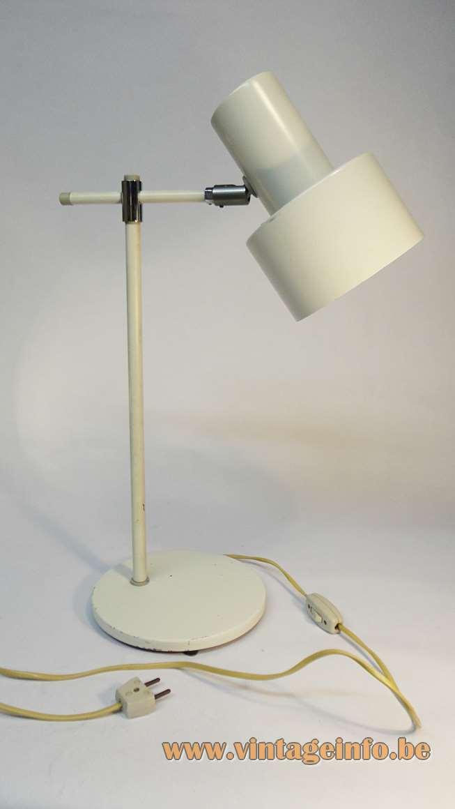Fog & Mørup Lento desk lamp in white metal and chrome design: Jo Hammerborg 1960s Denmark