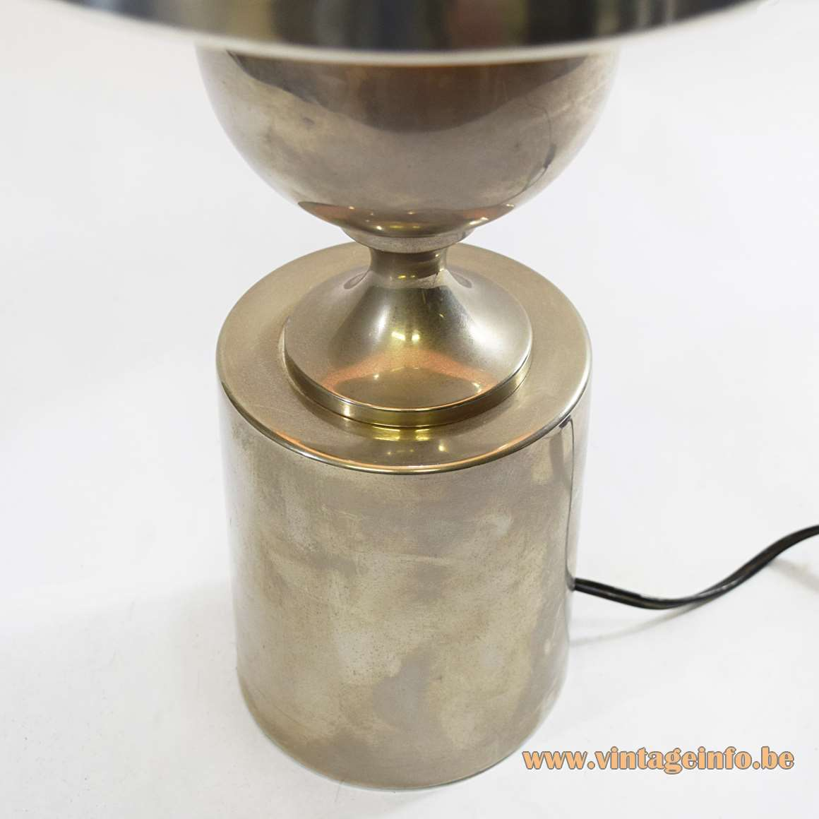 Philippe Barbier Table Lamp - Metal base