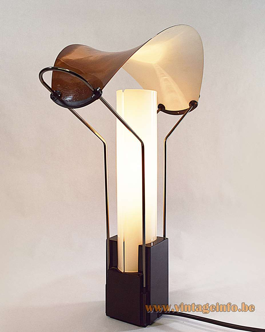 Arteluce table lamp Palio design Perry King Santiago Miranda 1984 opal glass curved copper lampshade FLOS