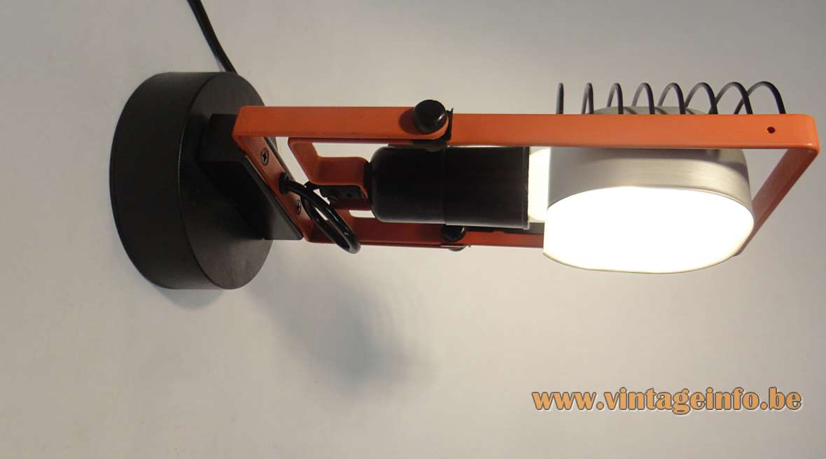 Artemide Sintesi Faretto Table Wall Lamp 1975 Ernesto Gismondi orange black painted metal Cornalux 1970s MCM