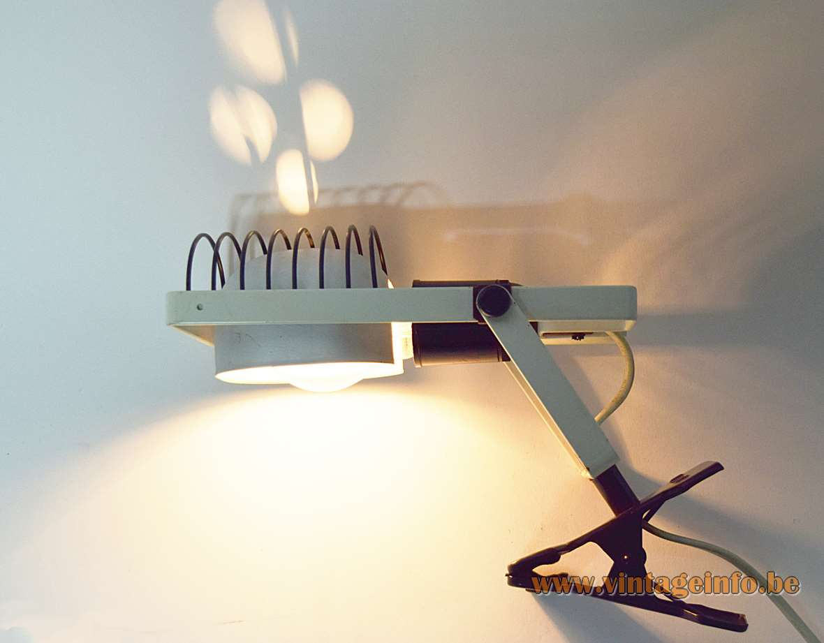 Artemide Sintesi Pinza clamp lamp design: Ernesto Gismondi white & black metal grid lampshade 1970s 1980s Italy