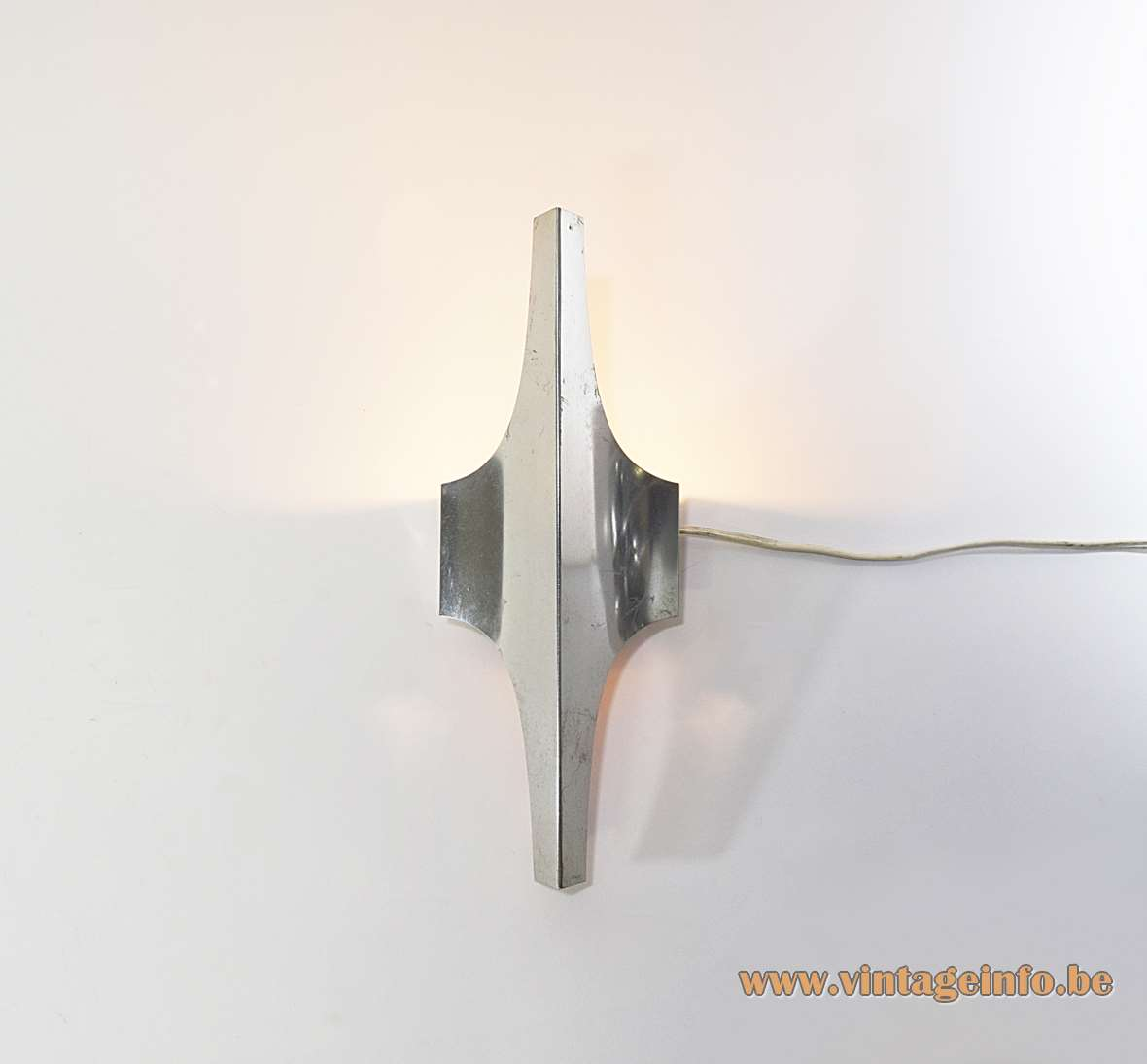 DORIA aluminium wall lamp elongated spiky metal lampshade E14 lamp socket Doria Leuchten Germany 1960s 1970s