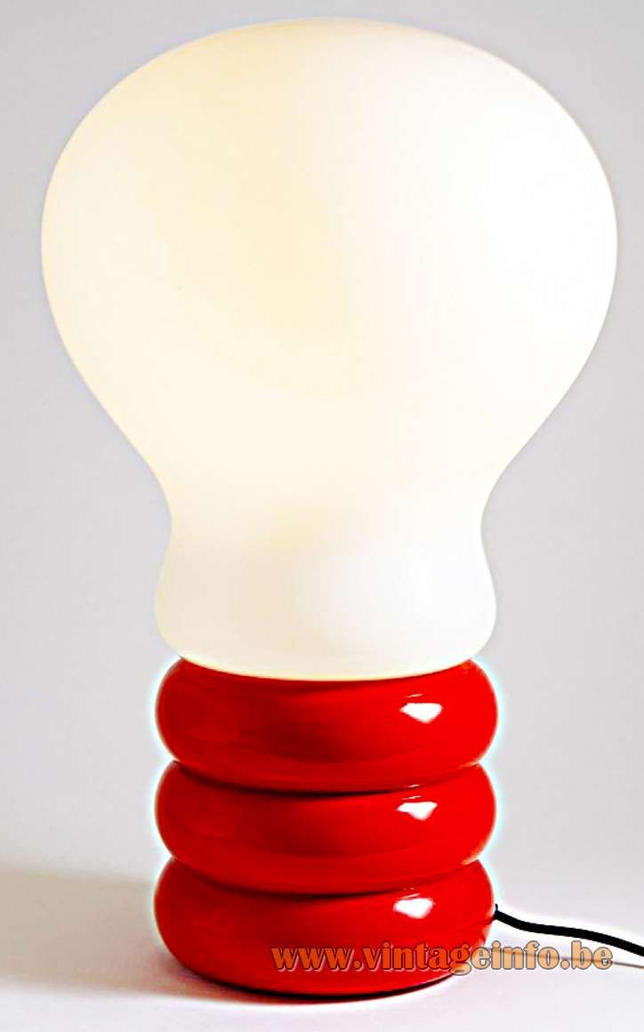 Ingo Maurer - Giant Bulb Floor Lamp - Red base, white opal glass