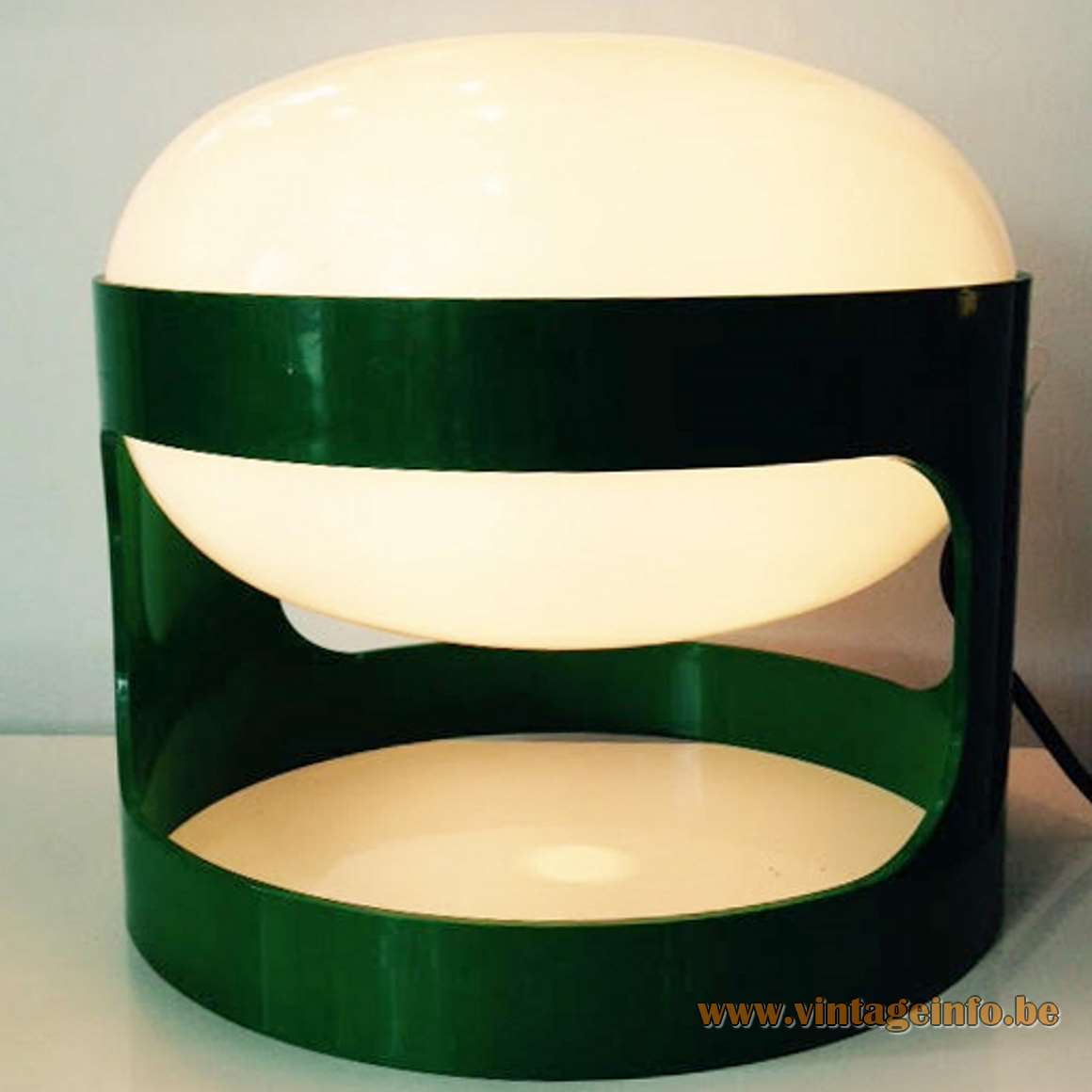 Joe Colombo KD27 Kartell Table Lamp - Green And White Version