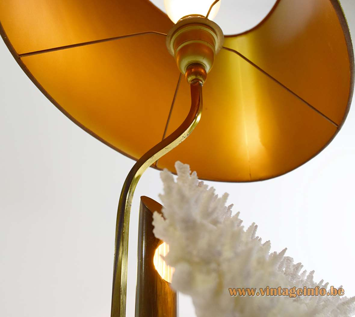 1970s Cauliflower Coral Table Lamp brass polyester 2 light bulbs fabric lampshade MCM 1960s
