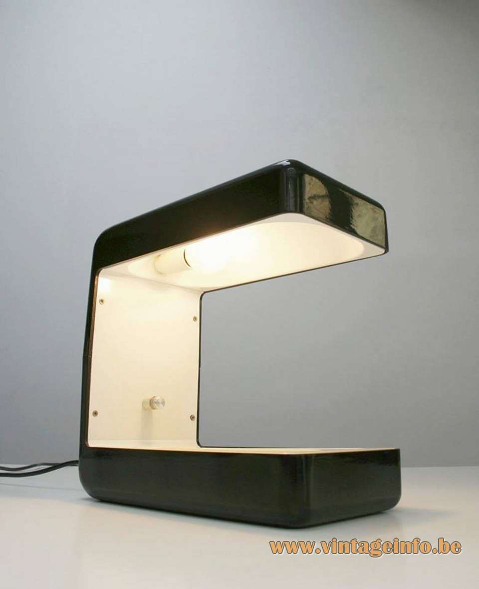 Giotto Stoppino Isos Desk Lamp Tronconi black/white enameled aluminium 1970s MCM designed: 1972