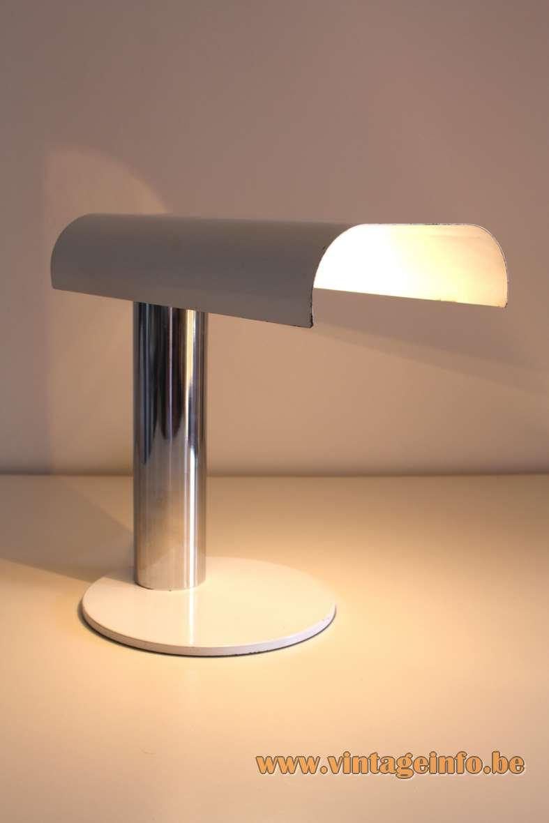 Luigi Pellegrin desk lamp flat round base chrome tube white lampshade model D804 1970s Candle Italy