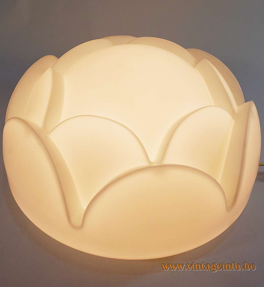 Peill + Putzler artichoke flush mount wall lamp round white opal frosted glass flower lampshade 1970s Germany