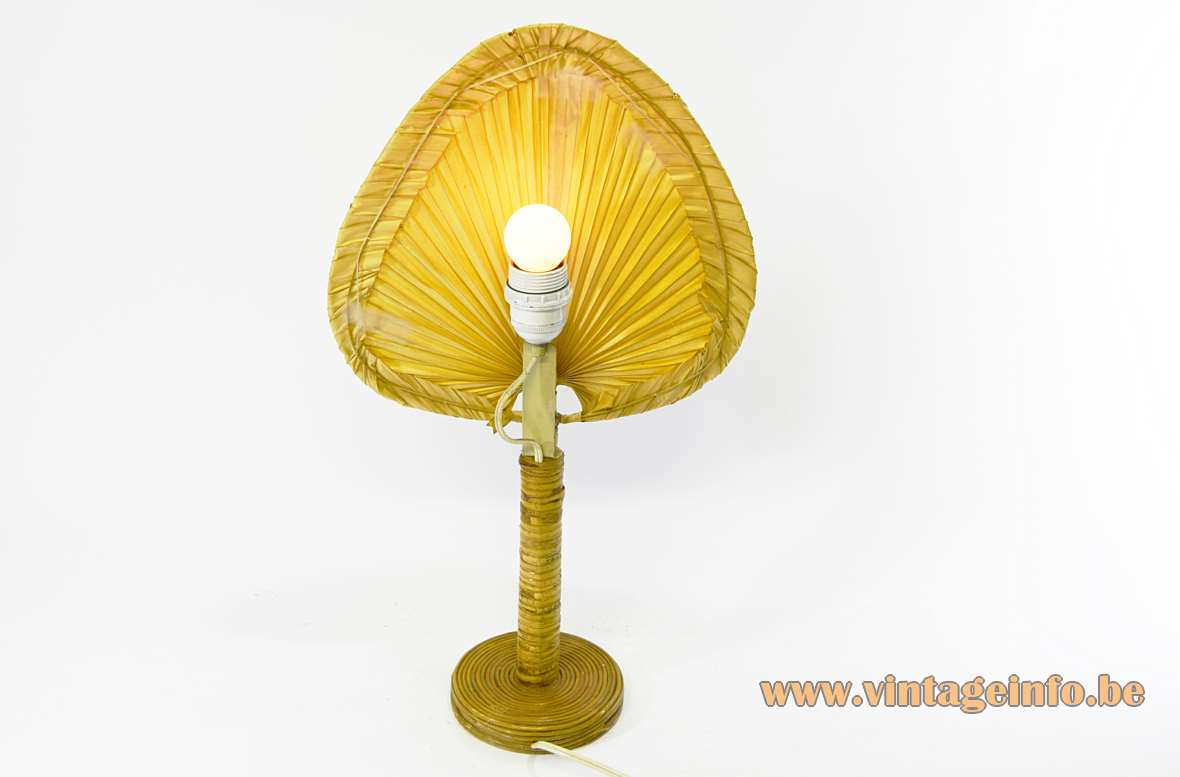 Uchiwa Fan Table Lamp round bamboo & wood base traditional Japanese 1970s 1980s MCM Ingo Maurer style