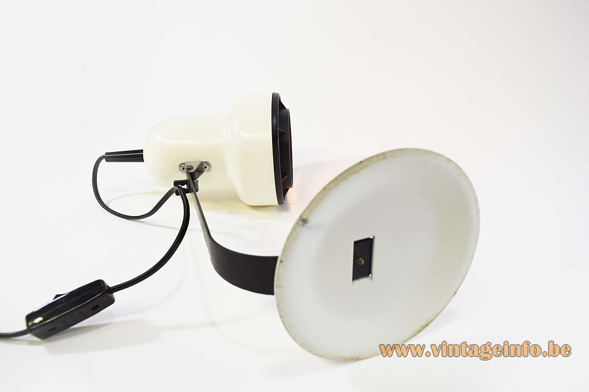 1970s black & white desk lamp flat round iron base & rod metal lampshade Brilliant Leuchten Germany 1980s