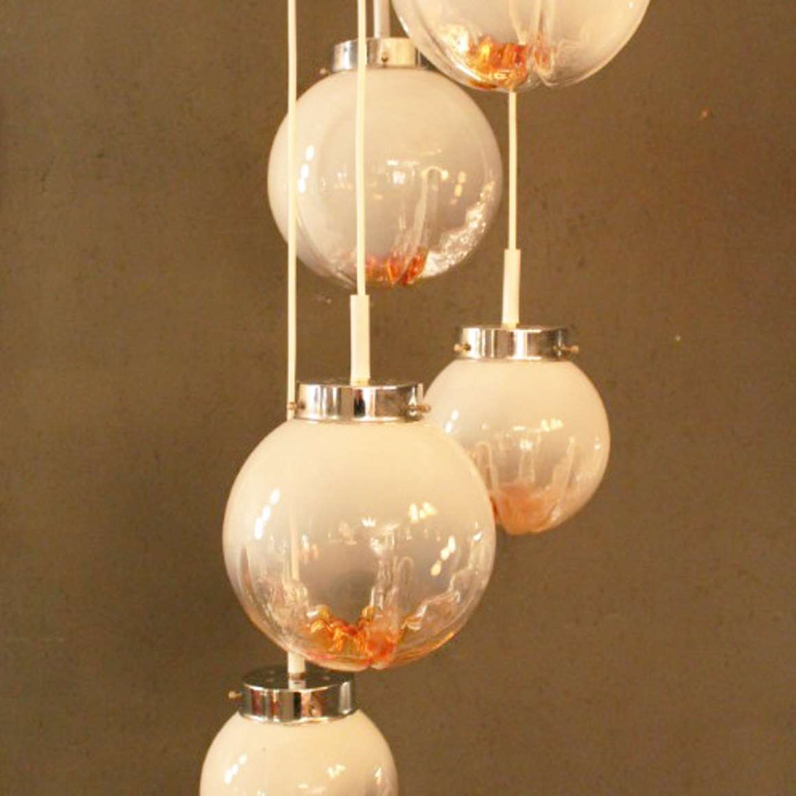 5 Glass Globes Pendant Chandelier